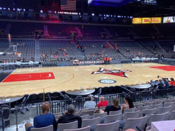 Michelob Ultra Arena, vak: 106, rij: J, stoel: 1