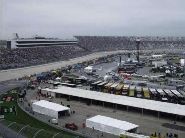 Dover International Speedway, vak: 215, rij: 38