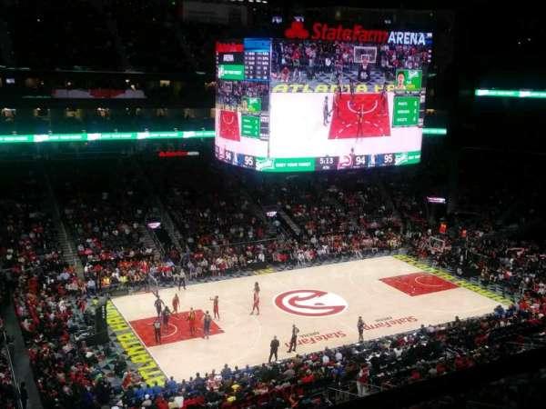 State Farm Arena, vak: 225, rij: A, stoel: 7