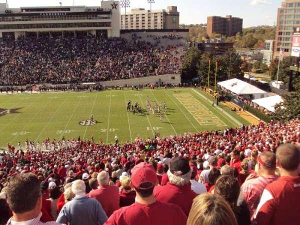 Vanderbilt Stadium, vak: u, rij: 56, stoel: 15-16