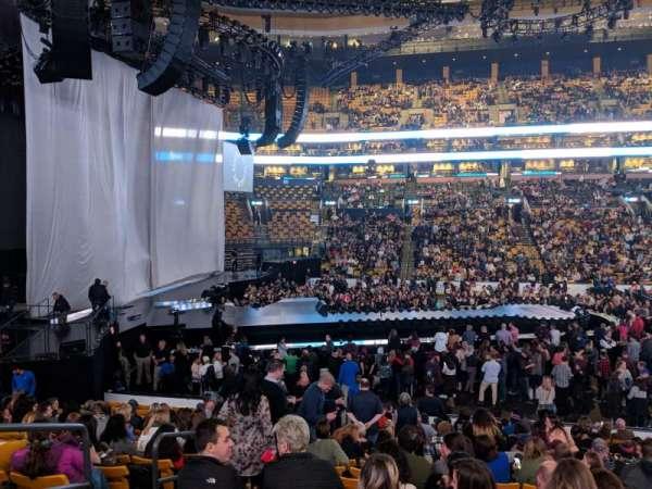 TD Garden, vak: LOGE13, rij: 17, stoel: 11