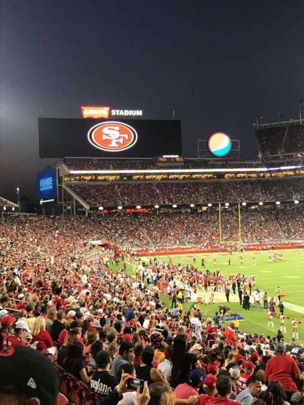 Levi's Stadium, vak: 131, rij: 26, stoel: 1
