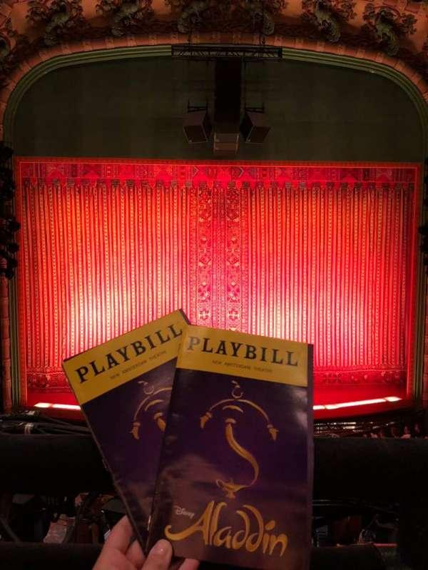 New Amsterdam Theatre, vak: Mezzanine, rij: AA, stoel: 112