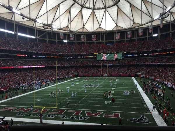 Georgia Dome, vak: 233, rij: 1, stoel: 12