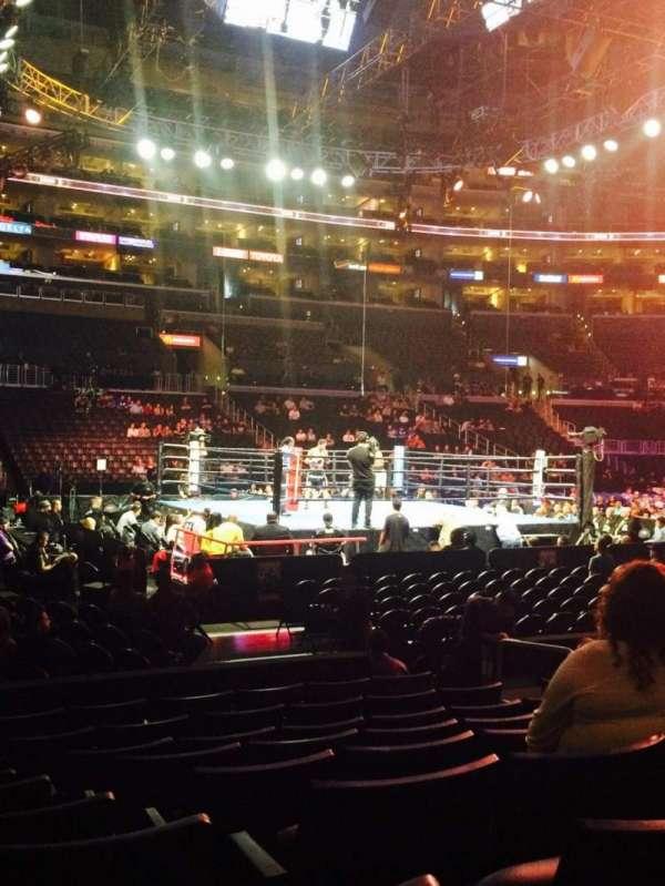 Staples Center, vak: 102, rij: 9, stoel: 8
