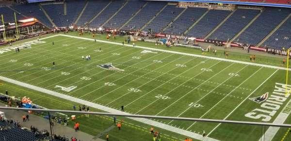 Gillette Stadium, vak: 304, rij: 3, stoel: 7