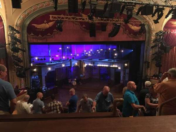 Bernard B. Jacobs Theatre, vak: Mezzanine, rij: E, stoel: 5