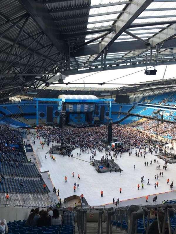 Etihad Stadium (Manchester), vak: 318, rij: AA, stoel: 516