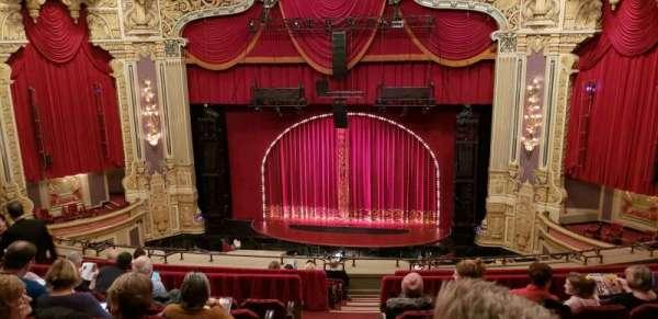 Oriental Theatre, vak: Balc RC, rij: L, stoel: 320
