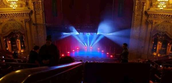 Chicago Theatre, vak: Balcony4, rij: Q, stoel: 408