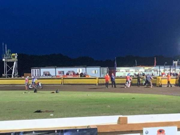 Peterborough Panthers Speedway, vak: Main Straight Covered Stand, rij: 2, stoel: Open