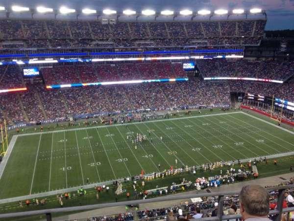Gillette Stadium, vak: 324, rij: 10, stoel: 15