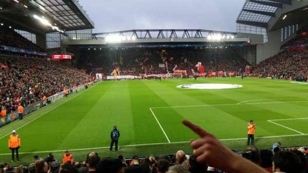 Anfield, vak: 126, rij: 20, stoel: 157