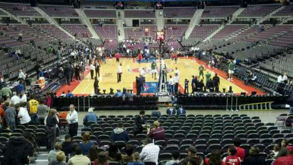 The Palace of Auburn Hills, vak: 107, rij: g, stoel: 012