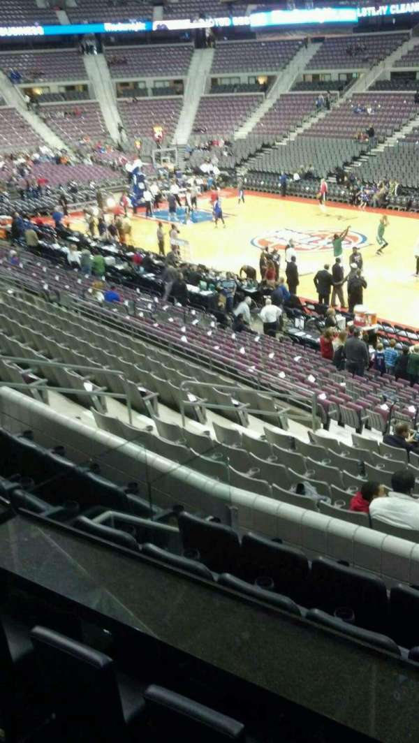 The Palace of Auburn Hills, vak: 111, rij: k, stoel: 001