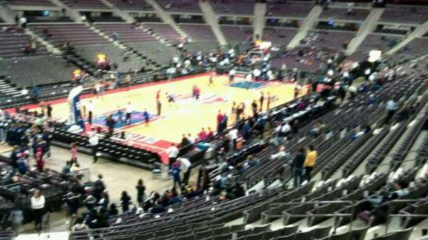 The Palace of Auburn Hills, vak: 117, rij: k, stoel: 014