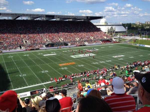 TD Place Stadium, vak: WW, rij: 15, stoel: 3