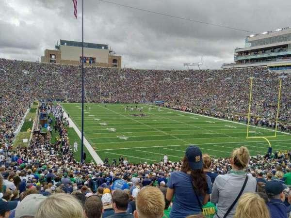 Notre Dame Stadium, vak: 3, rij: 40, stoel: 9