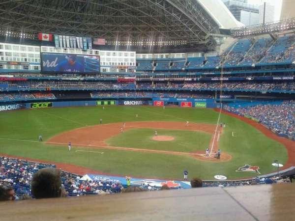Rogers Centre, vak: 227R, rij: 10, stoel: 4