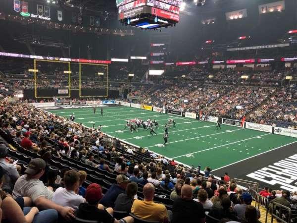 Nationwide Arena, vak: 112, rij: X, stoel: 1