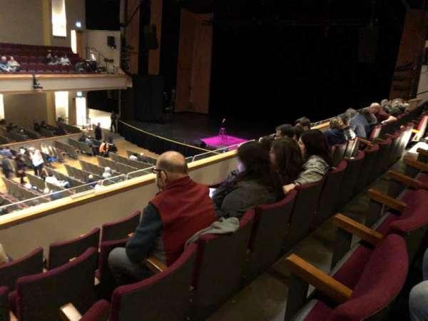 Centennial Hall (London, Ontario), vak: B4, rij: E, stoel: 29