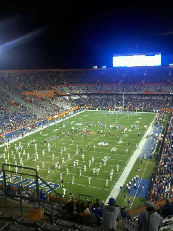 Ben Hill Griffin Stadium, vak: 321, rij: 15, stoel: ww