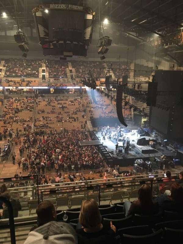 Mizzou Arena, vak: 215, rij: 6, stoel: 14
