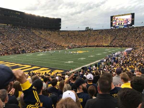 Michigan Stadium, vak: 8, rij: 25, stoel: 13