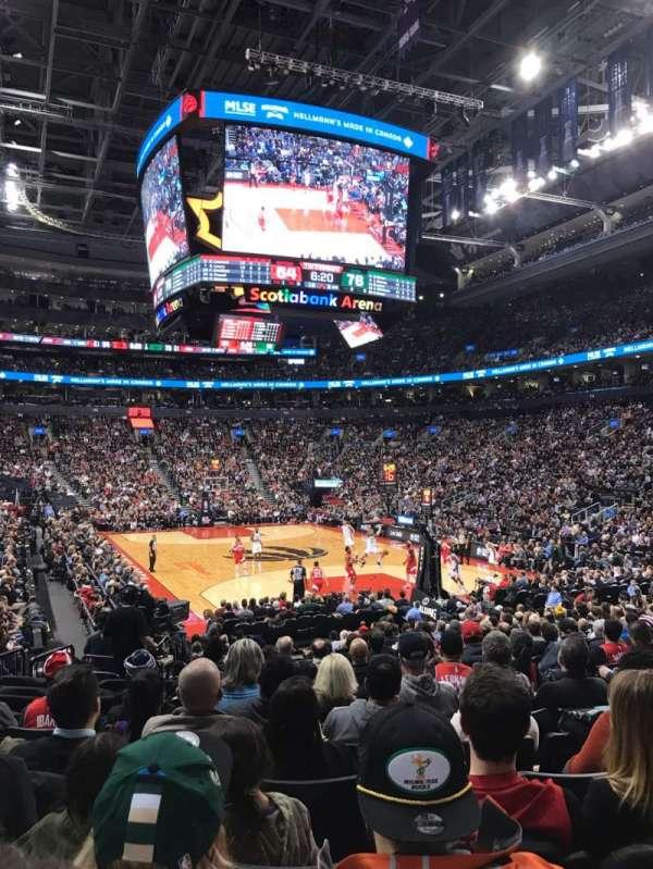 Scotiabank Arena, vak: 104, rij: 16, stoel: 6