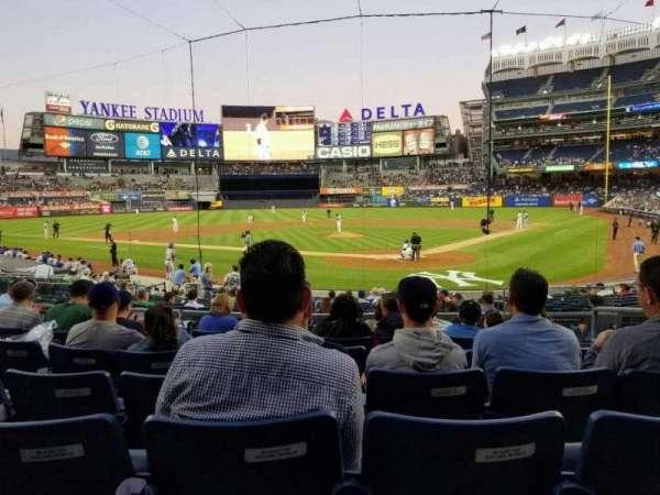 Yankee Stadium, vak: 121a, rij: 7, stoel: 4