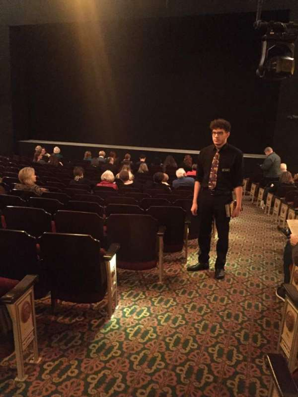 Bernard B. Jacobs Theatre, vak: Orchestra R, rij: O, stoel: 2
