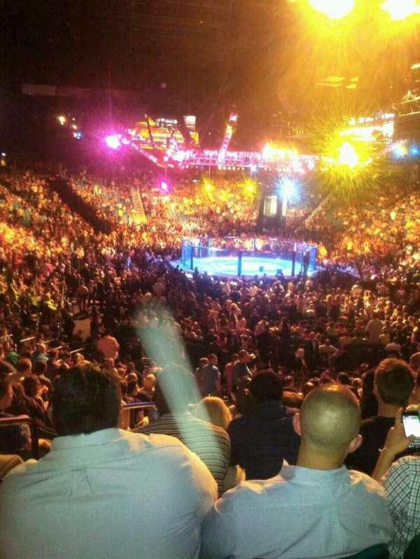 MGM Grand Garden Arena, vak: 3, rij: V, stoel: 15