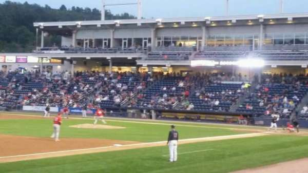 PNC Field, vak: 29, rij: 6, stoel: 11