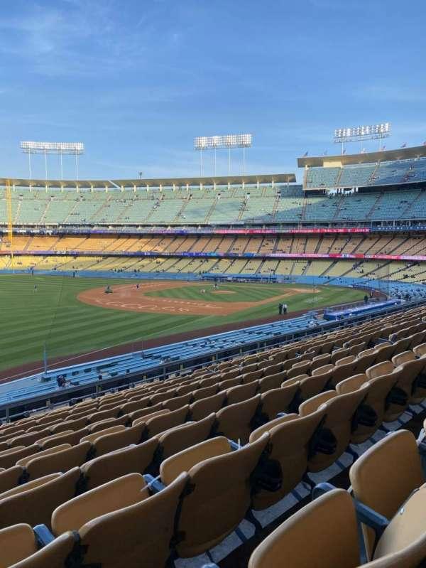 Dodger Stadium, vak: 157LG, rij: L, stoel: 14