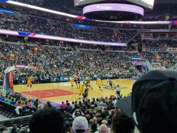 Capital One Arena, vak: 109, rij: N, stoel: 1