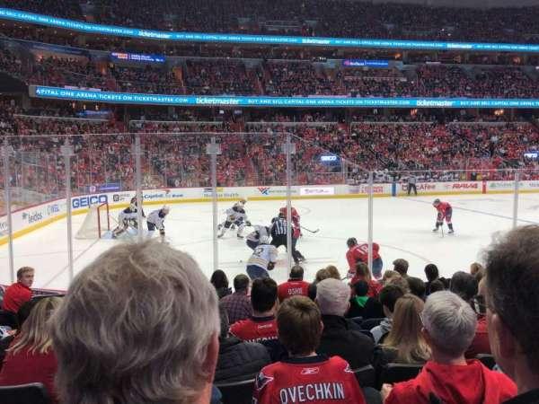 Capital One Arena, vak: 109, rij: H, stoel: 6