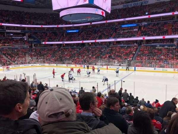 Capital One Arena, vak: 101, rij: Q, stoel: 19
