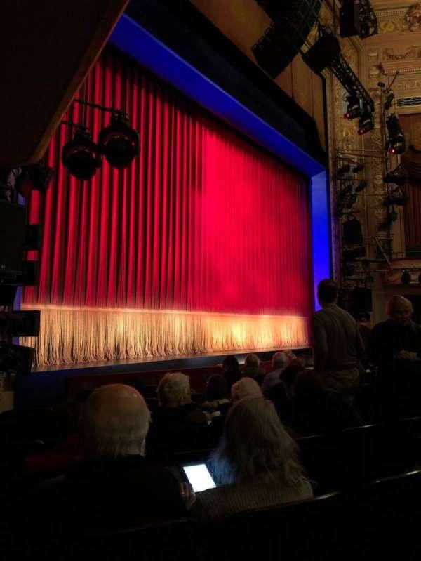 Longacre Theatre, vak: ORCH, rij: H, stoel: 16