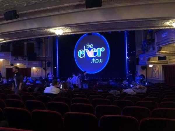 Neil Simon Theatre, vak: ORCH, rij: U, stoel: 22