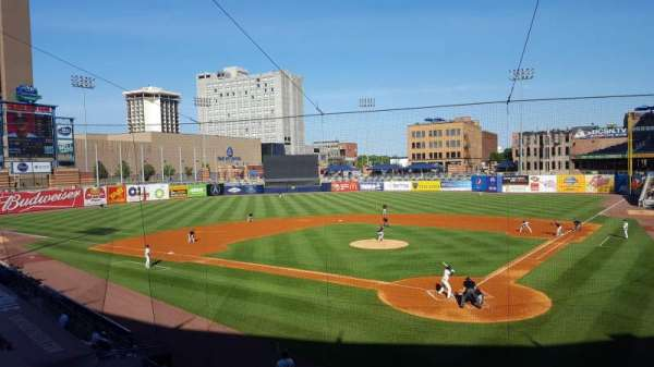 Fifth Third Field, vak: 208, rij: A, stoel: 12