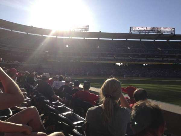 Angel Stadium, vak: F131, rij: C, stoel: 16