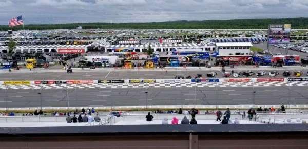 Pocono Raceway, vak: 315, rij: B, stoel: 7