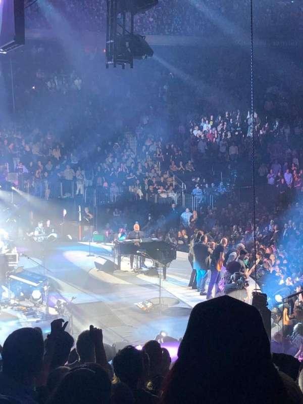 Madison Square Garden, vak: 114, rij: 15, stoel: 18
