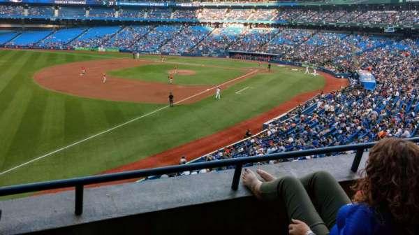 Rogers Centre, vak: 236R, rij: 3, stoel: 7