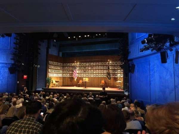 Hayes Theater, vak: Orchestra R, rij: Q, stoel: 8