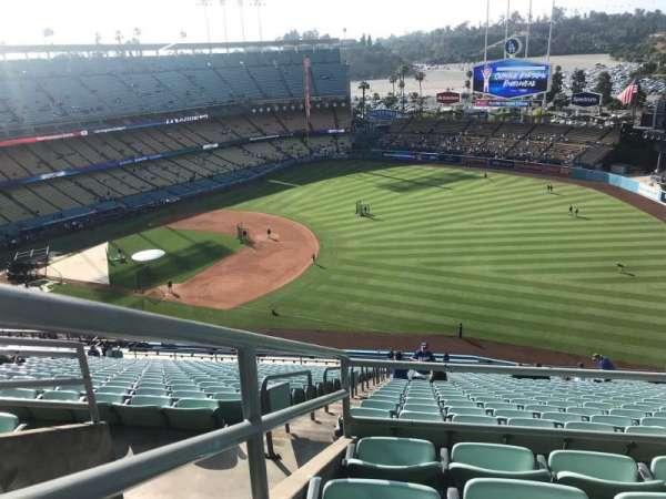 Dodger Stadium, vak: 30RS, rij: DD, stoel: 14