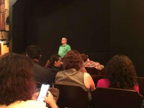 Bernard B. Jacobs Theatre, vak: Orchestra R, rij: E, stoel: 10