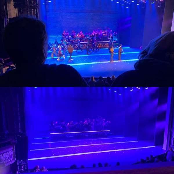 Broadhurst Theatre, vak: Mezzanine L, rij: B, stoel: 5