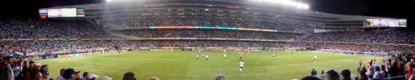 Soldier Field, vak: 140, rij: 4, stoel: 7