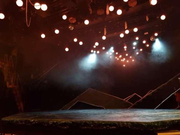 Bridge Theatre, vak: Stalls, rij: E, stoel: 10